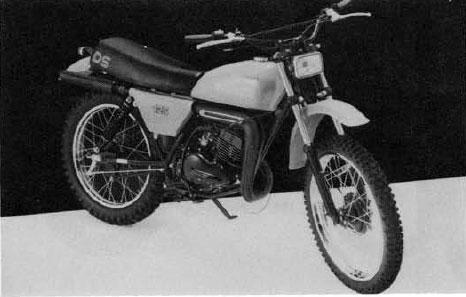 Suzuki GT250: history, specs, pictures - CycleChaos