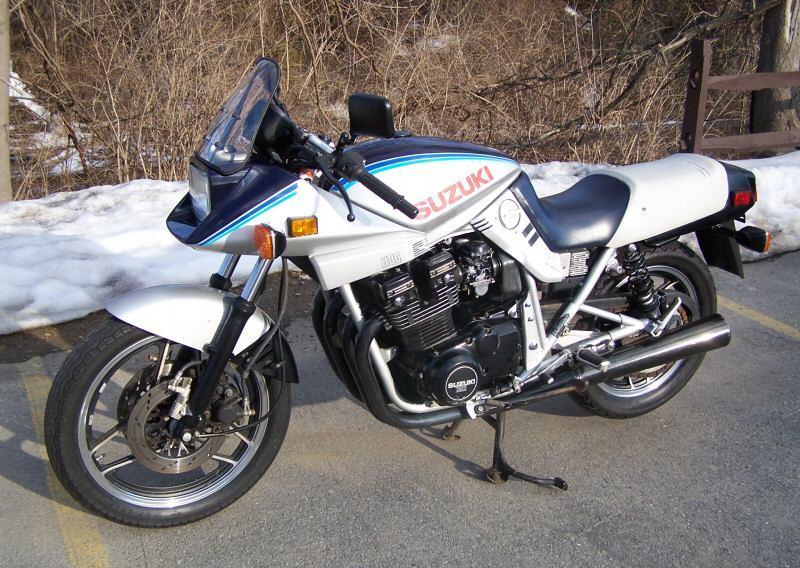 1983-Suzuki-GS1100SD-Katana-Silver-4449-