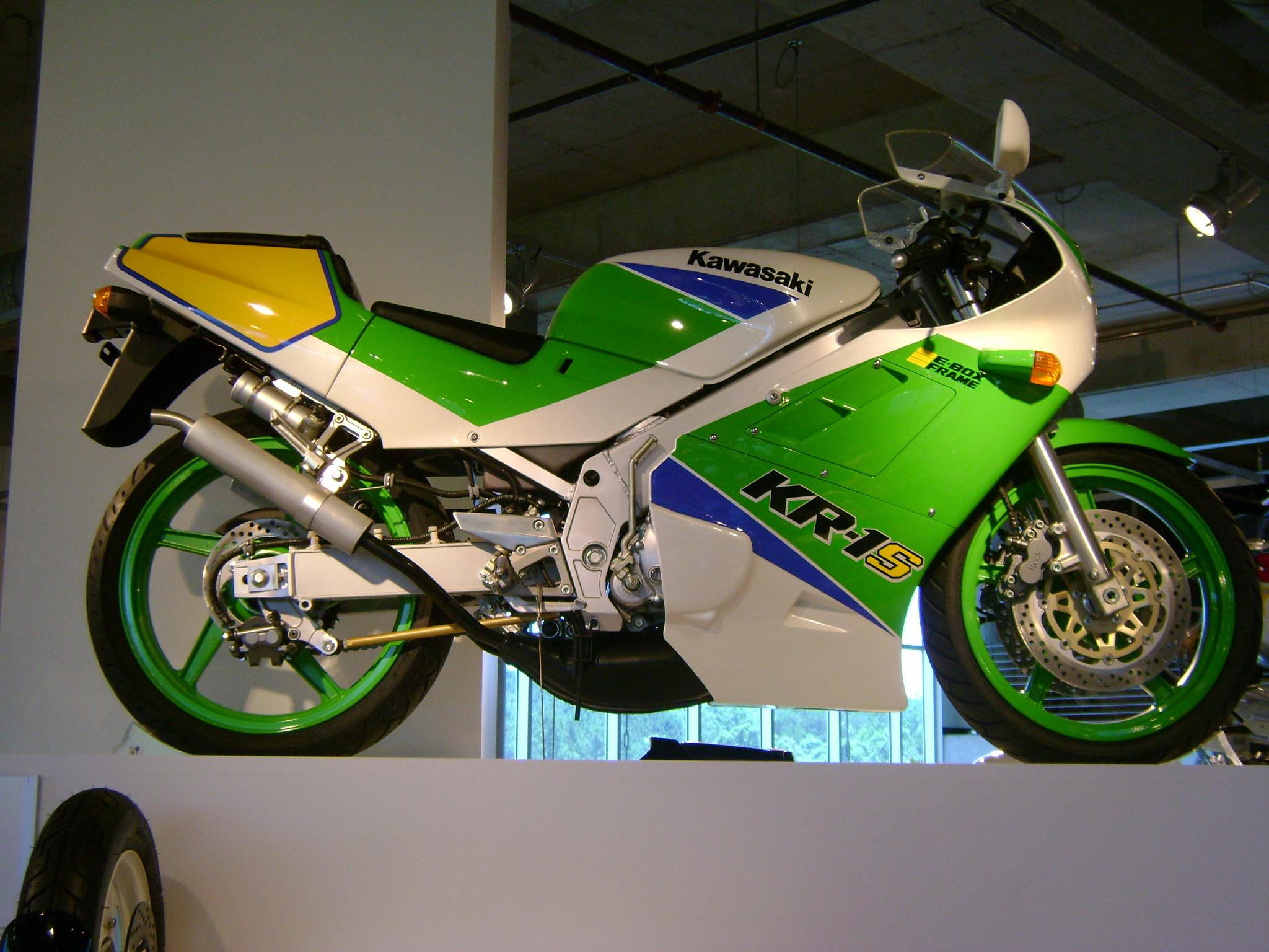 ... 1992_Kawasaki_KR-1S.jpg ...