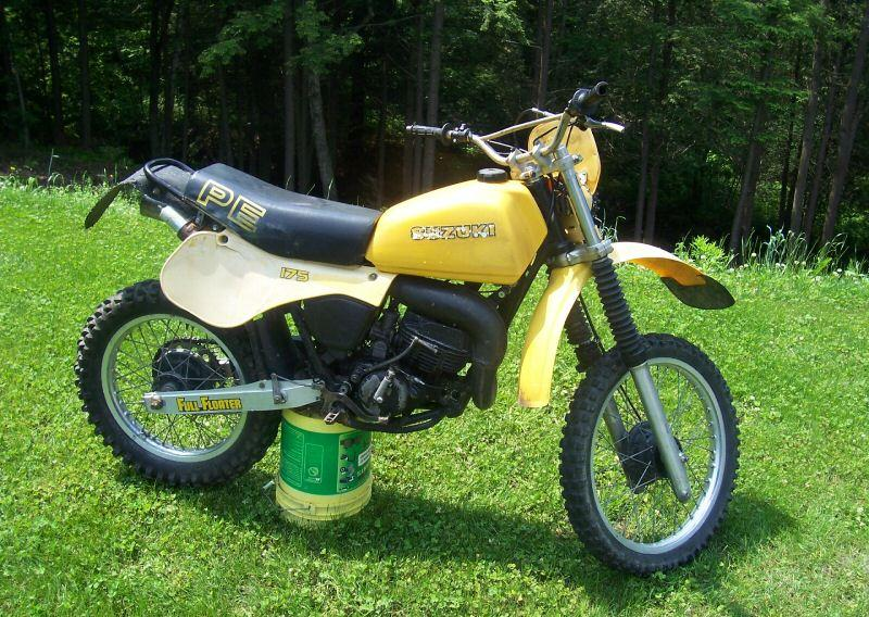 Suzuki DS125: history, specs, pictures - CycleChaos