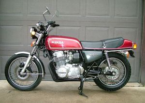 1976-Honda-CB750F-Red-3.jpg
