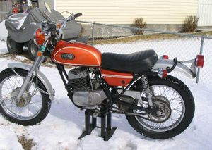 1971-Yamaha-DT250-Orange-2063-1.jpg