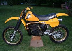 1982-Yamaha-YZ490J-Yellow-0.jpg