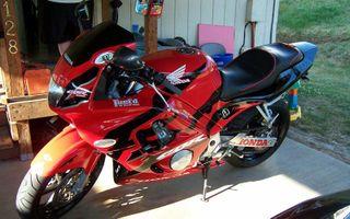 Index Of Imagesthumb2211998 Honda Cbr600f3 Redblack 2jpg