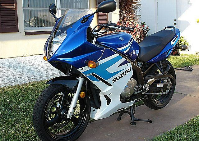 SUZUKI GS 500 E 2005 500 cm3 | moto roadster | Argent