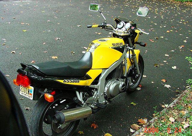 suzuki gs e. 640px-1999-Suzuki-GS500E-