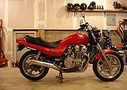 HONDA CB750 (1992-2001) Review | MCN