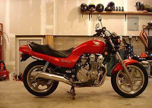 1991 Honda CB750 Nighthawk In Candy Bourgogne Red
