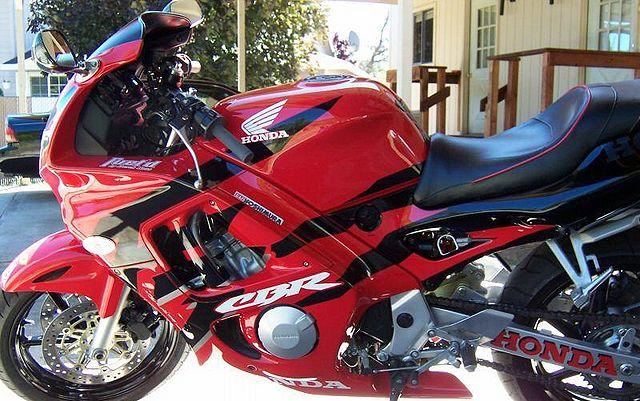 Index Of Imagesthumb44b1998 Honda Cbr600f3 Redblack 0jpg