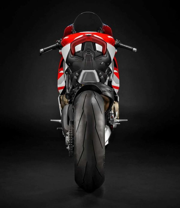 Ducati Panigale V4S Speciale Course