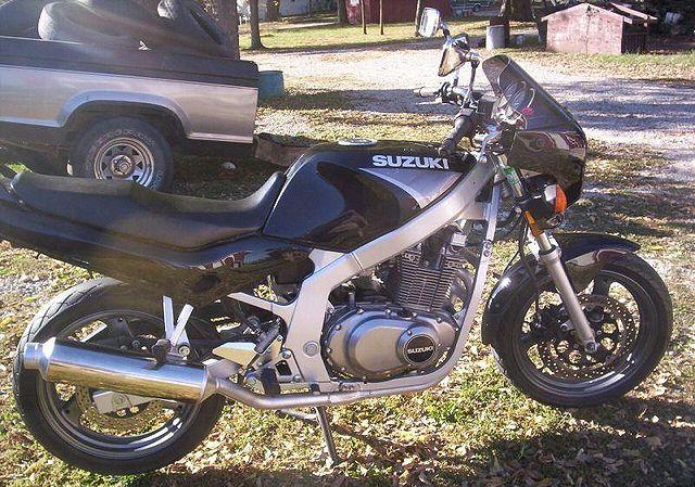 suzuki gs e. 640px-2000-Suzuki-GS500E-