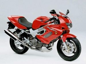 Honda Vtr1000 Firestorm Superhawk Review History Specs Cyclechaos