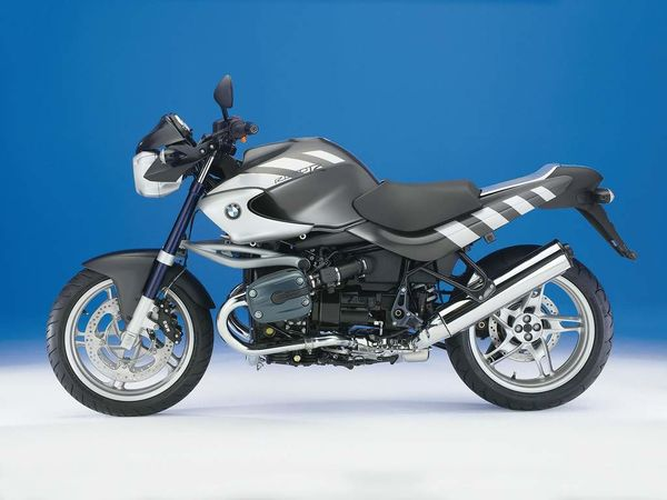 Marvelous Bmw R1150R Review History Specs Cyclechaos Theyellowbook Wood Chair Design Ideas Theyellowbookinfo