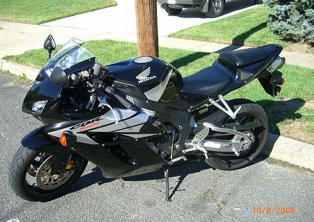 Index Of Images Thumb 5 52 2005 Honda Cbr1000rr Black1262