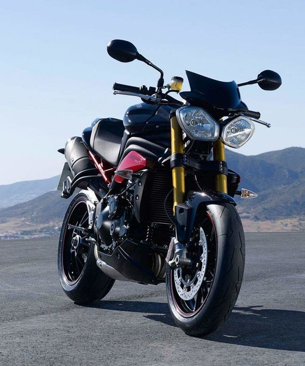 Triumph Speed Triple History Specs Pictures Cyclechaos