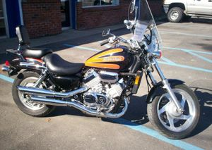 1999 Honda Magna VF750C2 In Black Orange