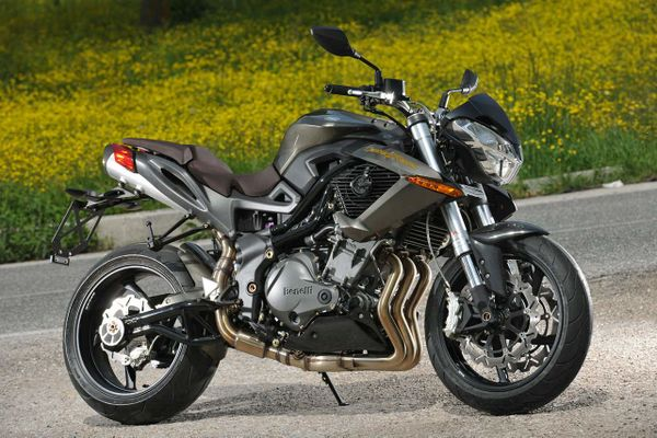 2010 Benelli TNT 899 Century Racers Limited Edition