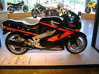 1990 Kawasaki ZX10.jpg