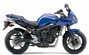 2007 Yamaha FZ6 in Blue right side