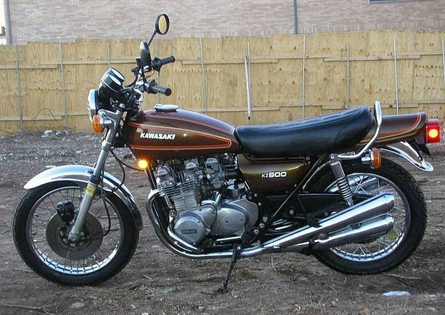 Index of /images/thumb/8/8f/1976-Kawasaki-KZ900-A4-Brown ...