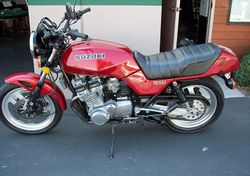 1982-Suzuki-GS1100E-Red-1.jpg