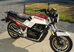 1986-Suzuki-GS1150E-White-Red-6800-0.jpg