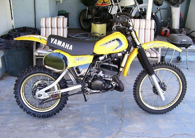 Index of images thumb a a4 1981 yamaha yz250 h yellow for 1981 yamaha sr185 specs