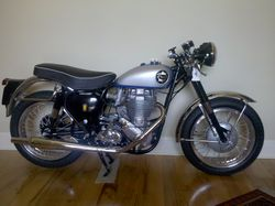Bsa-b34-gold-star-clubman-1954-1970-2.jpg