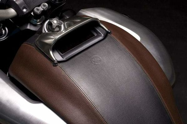 Yamaha vmax concept leather 3
