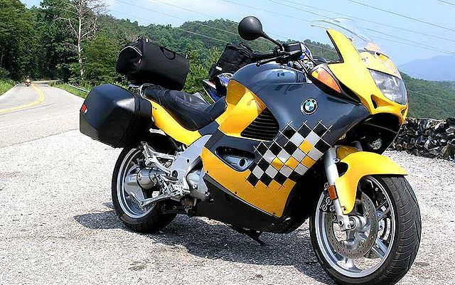 Index Of Images Thumb B B3 2001 Bmw K1200rs Yellow Gray 8004 2 Jpg