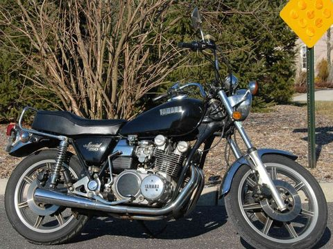 Yamaha TX750: review, history, specs - CycleChaos