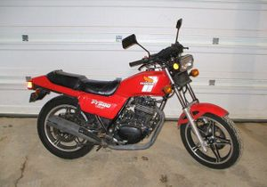 1982-Honda-Ascot-(FT500)-Red-1544-0.jpg