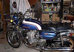 1973-Suzuki-GT750-Blue-0.jpg