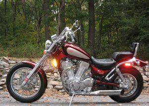 Suzuki VS1400 Intruder 1400 / Boulevard S83: history, specs - CycleChaos