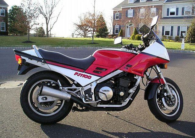 Index of /images/thumb/d/de/1985-Yamaha-FJ1100-Red-4031-0.jpg