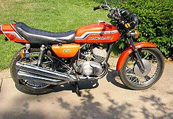 1972 Kawasaki S2 in orange