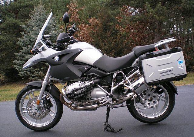 Index of /images/thumb/e/e4/2006-BMW-R1200GS-Gray-1057-0.jpg