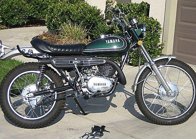 Yamaha Dt  E