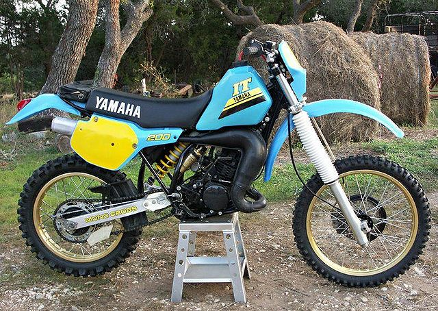 Index of  images thumb e ea 1986-Yamaha-IT200-Blue-9269-1 jpgYamaha It 200