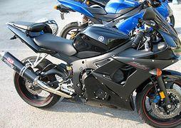 Yamaha YZF-R6 - CycleChaos