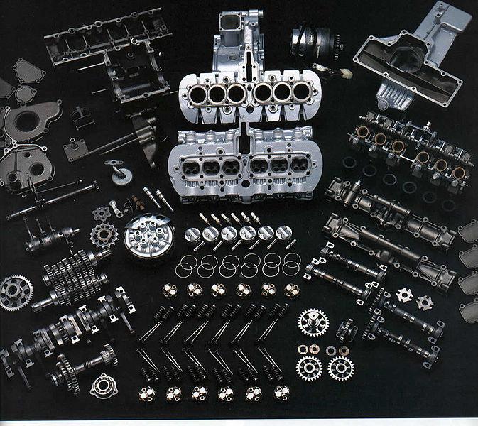 Pornbikepics 673px-1966-Honda-RC166-engine-in-pieces