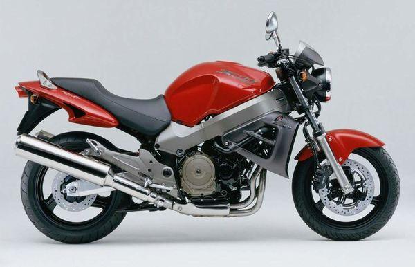 Umgebautes Motorrad Honda X11 von Motorrad Bogoly KG