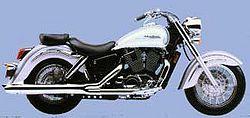 2001 honda Vt1100c3 silver white.jpg