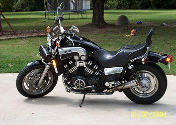 1999-Yamaha-VMX12-Black-2.jpg